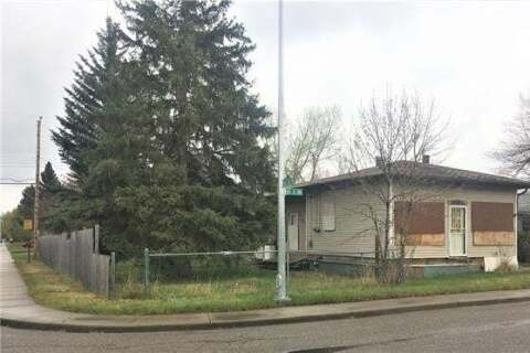 House for sale at 4320 81 St Northwest Calgary Alberta - MLS: C4296841