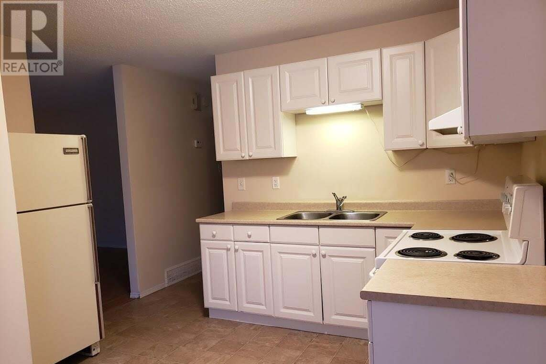 Townhouse for sale at 435 Mckercher Dr Unit 433 Saskatoon Saskatchewan - MLS: SK809569
