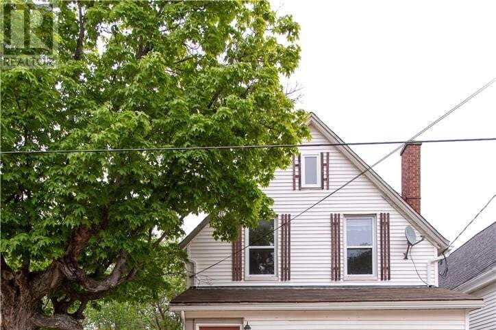 House for sale at 433 Robinson St Moncton New Brunswick - MLS: M128722