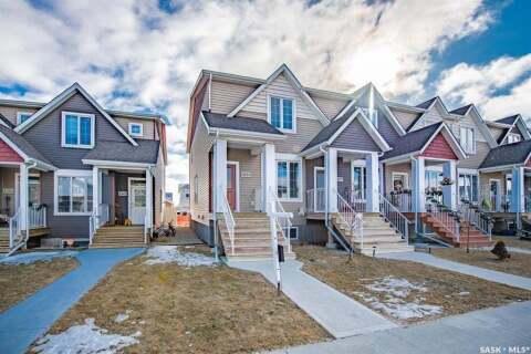 Townhouse for sale at 4333 James Hill Rd Regina Saskatchewan - MLS: SK802790