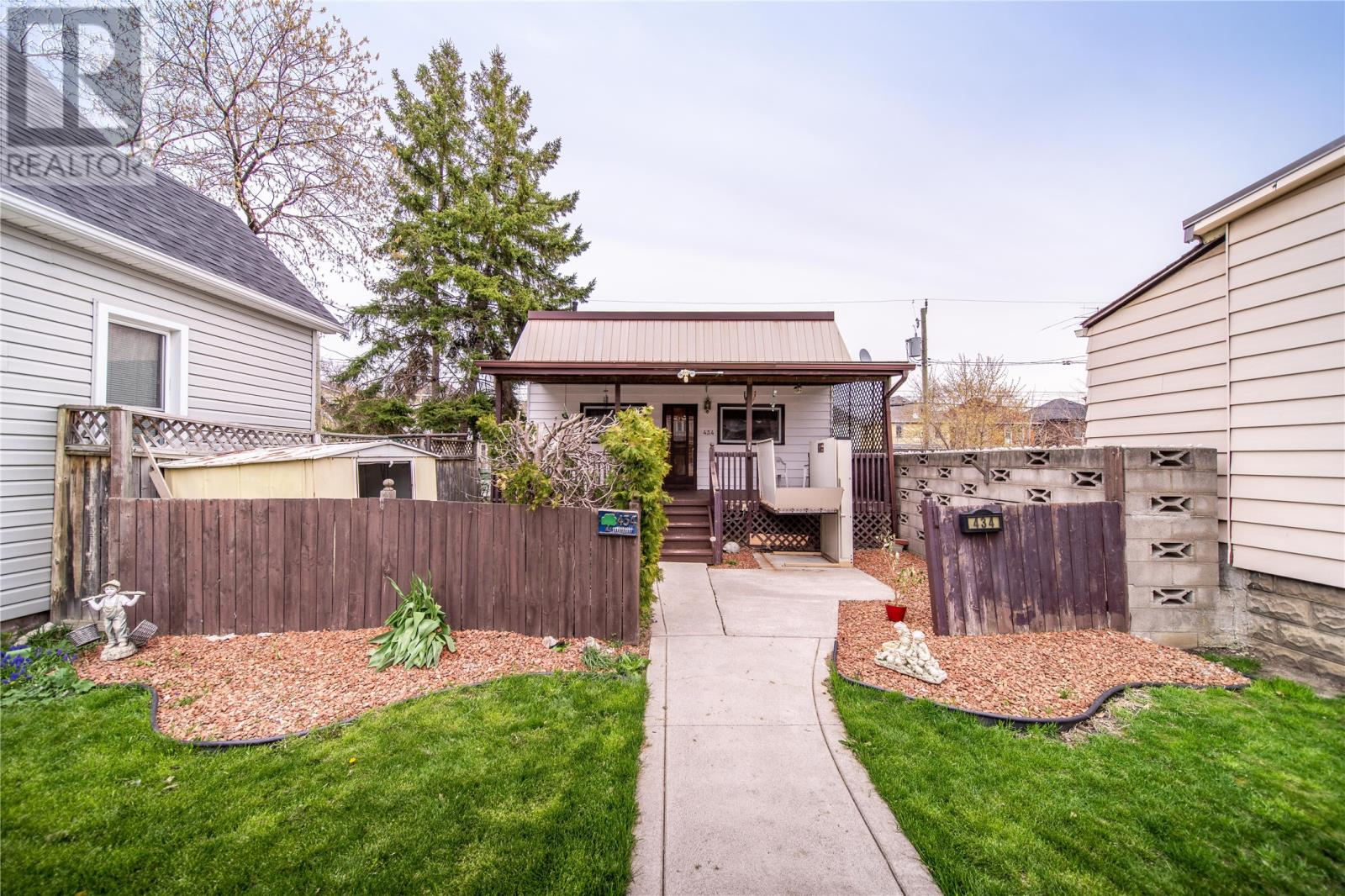 Removed: 434 Pierre Avenue, Windsor, ON - Removed on 2020-05-06 10:48:11