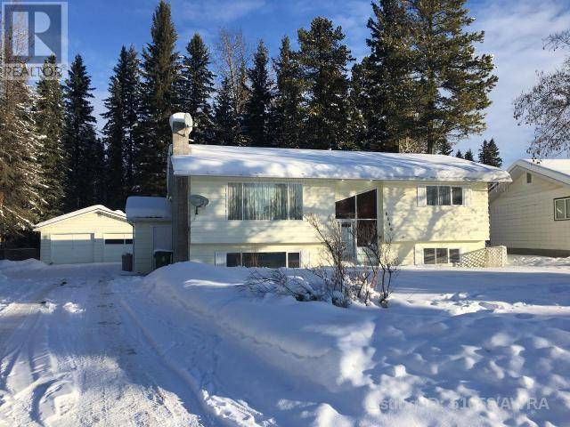 House for sale at 4340 10 Ave Edson Alberta - MLS: 51658