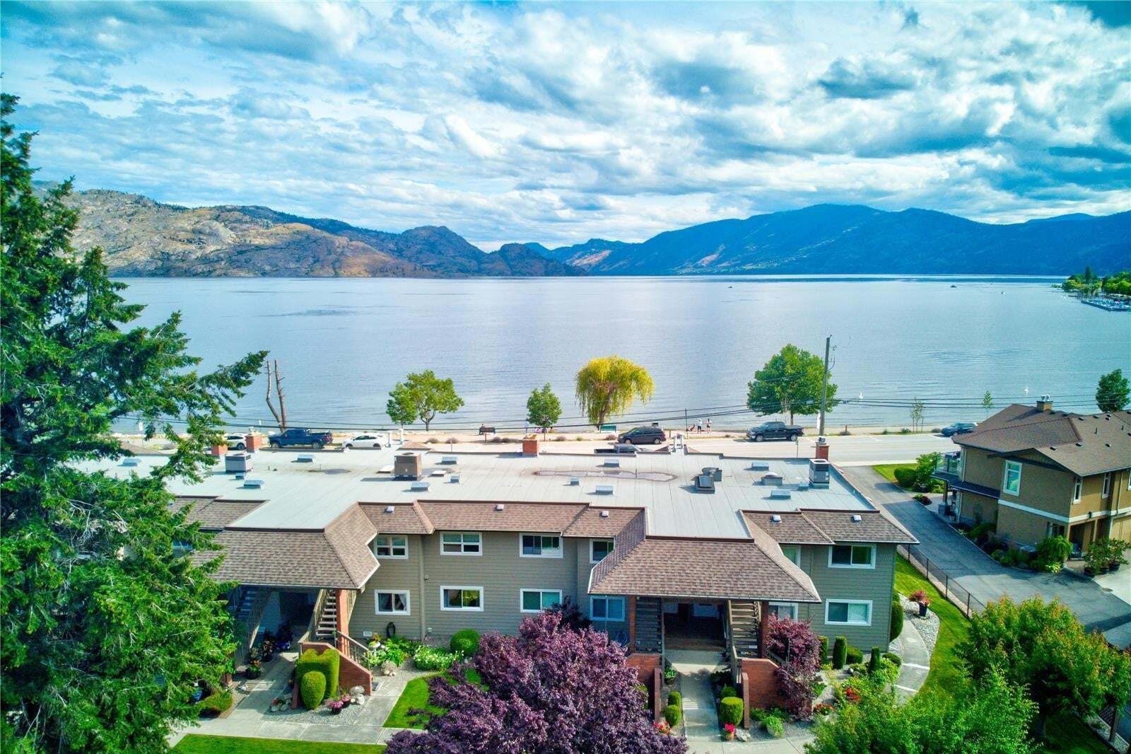 Townhouse for sale at 4340 Beach Ave Peachland British Columbia - MLS: 10210411