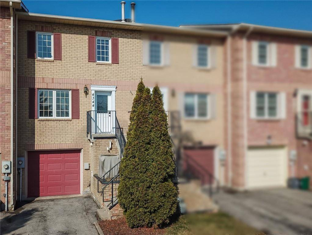 Townhouse for sale at 4344 Arejay Ave Beamsville Ontario - MLS: H4075576