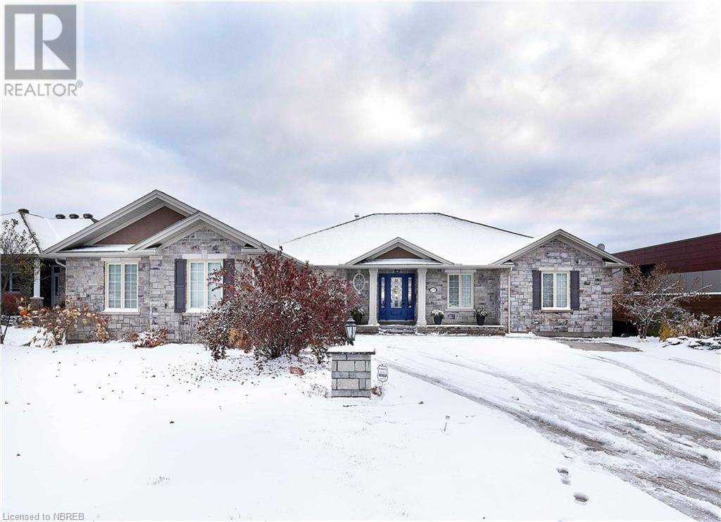 House for sale at 435 Surrey Dr North Bay Ontario - MLS: 242905