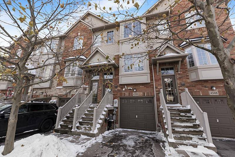 Townhouse for sale at 4350 Ingram Common Burlington Ontario - MLS: H4067869