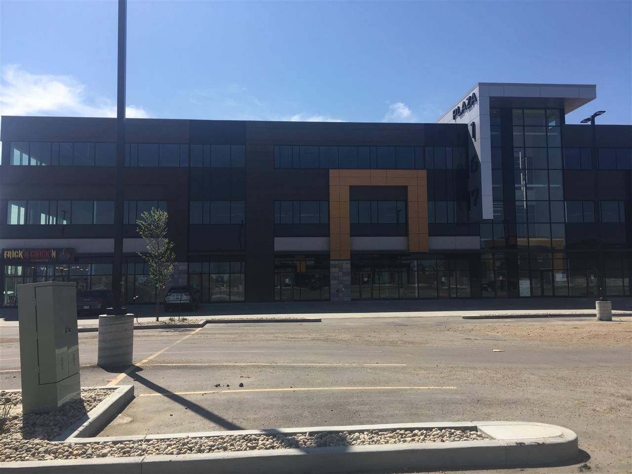 Commercial property for lease at 4353 167 Ave Nw Edmonton Alberta - MLS: E4158188