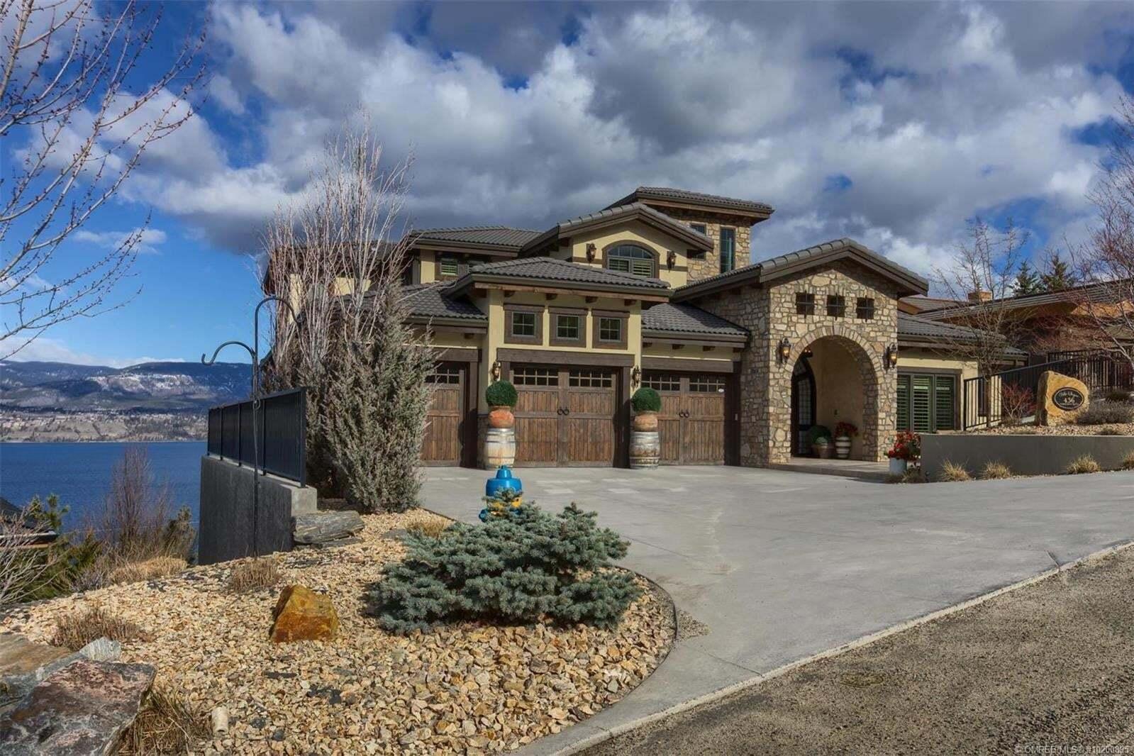 House for sale at 436 Viewcrest Rd Kelowna British Columbia - MLS: 10200895