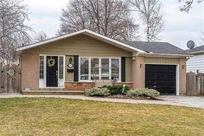 House for sale at 436 Withnell Cres Oakville Ontario - MLS: O4728287