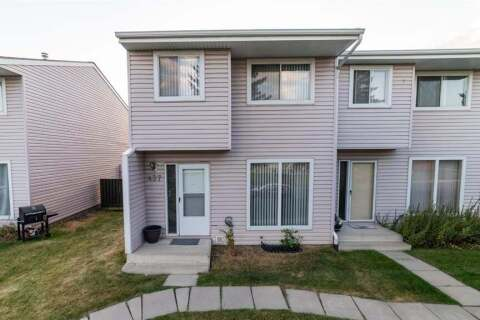 Townhouse for sale at 437 40 St NE Calgary Alberta - MLS: A1028930