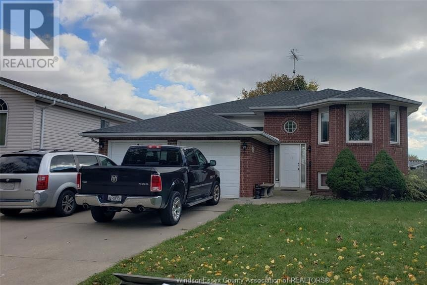 House for sale at 437 Amlin  Amherstburg Ontario - MLS: 20014322