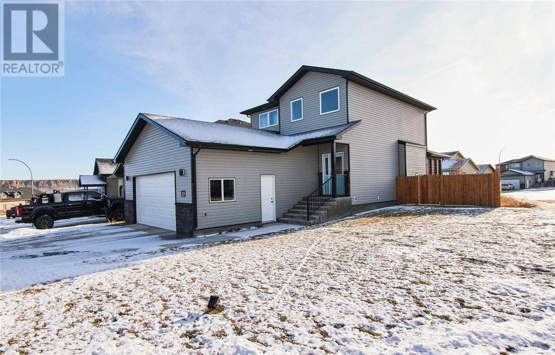 437 Ranchview Road Ne, Medicine Hat | Image 1