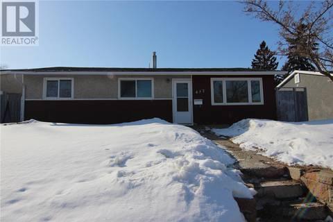 House for sale at 437 W Ave N Saskatoon Saskatchewan - MLS: SK803207