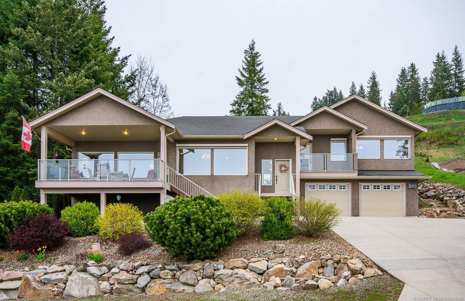 House for sale at 4370 Lakeshore Rd Northeast Salmon Arm British Columbia - MLS: 10204139