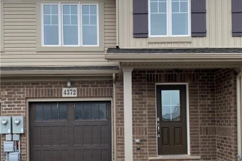 Townhouse for sale at 4372 Shuttleworth Dr Niagara Falls Ontario - MLS: 40051555