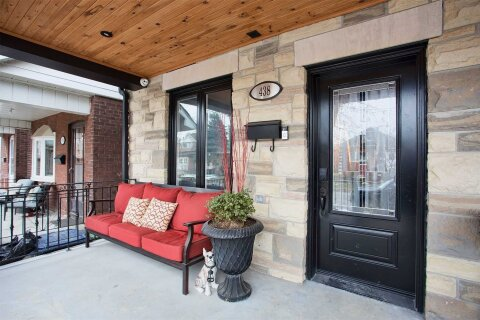 Townhouse for sale at 438 Maybank Ave Toronto Ontario - MLS: W5081971
