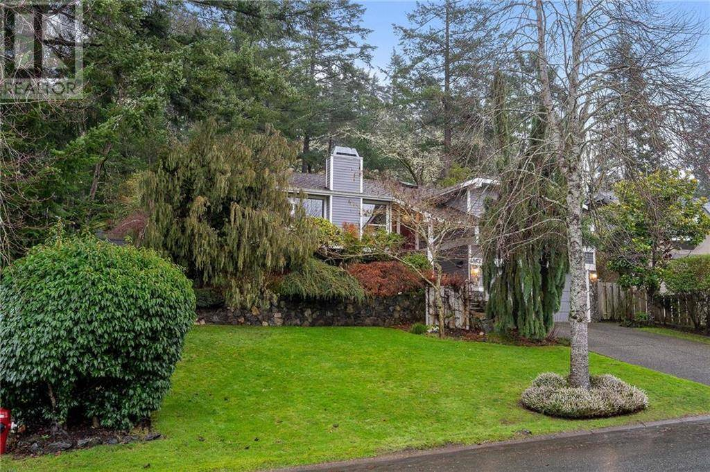 House for sale at 4387 Emily Carr Dr Victoria British Columbia - MLS: 420375