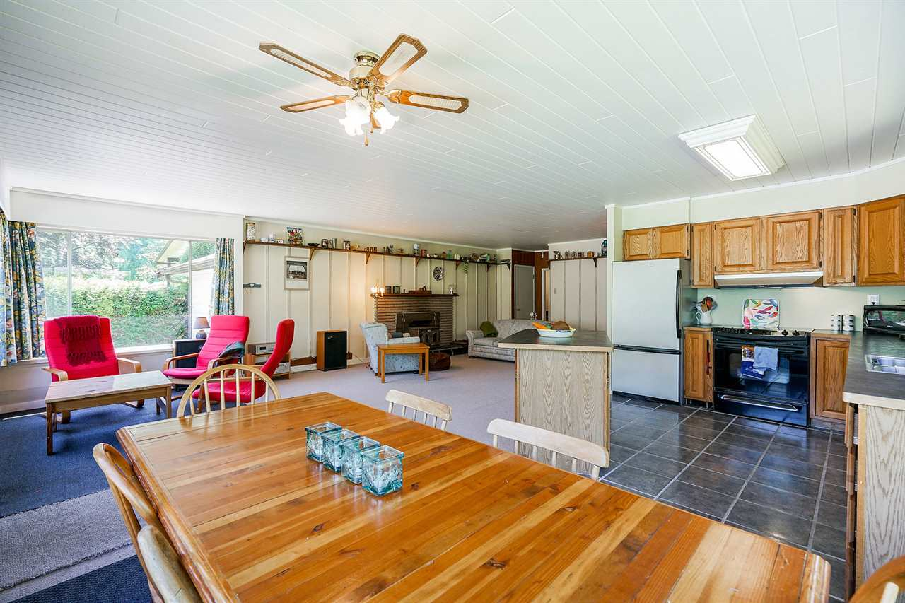 For Sale: 43872 Crabtree Lane, Mission, BC | 3 Bed, 1 Bath House for $599,000. See 20 photos!