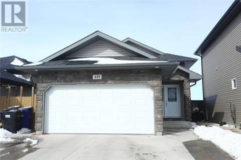House for sale at 439 Henick Cres Saskatoon Saskatchewan - MLS: SK804312