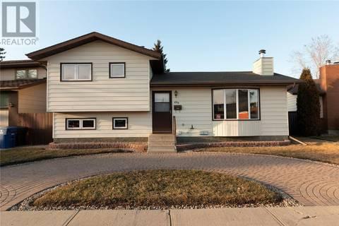 House for sale at 439 Sebestyen Ct Saskatoon Saskatchewan - MLS: SK776857