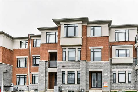 Townhouse for sale at 439 William Graham Dr Aurora Ontario - MLS: N4438233
