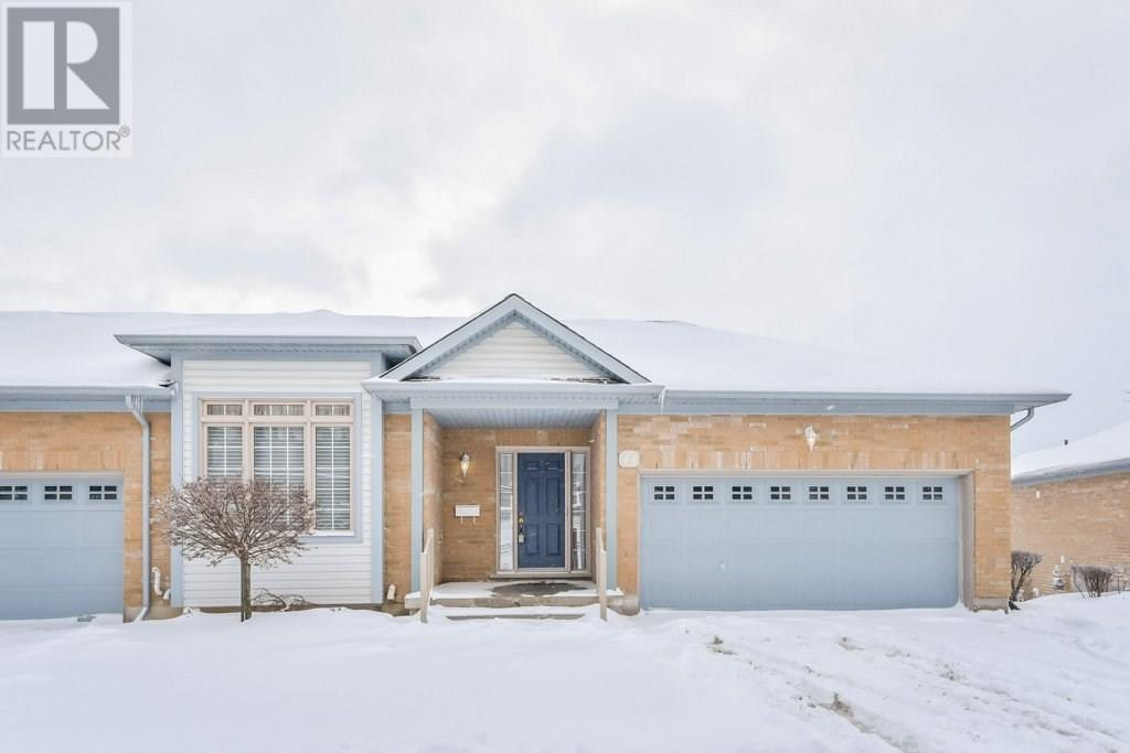 Buliding: 165 Chandos Drive, Kitchener, ON