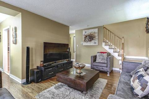 Condo for sale at 194 Town House Cres Brampton Ontario - MLS: W4432999