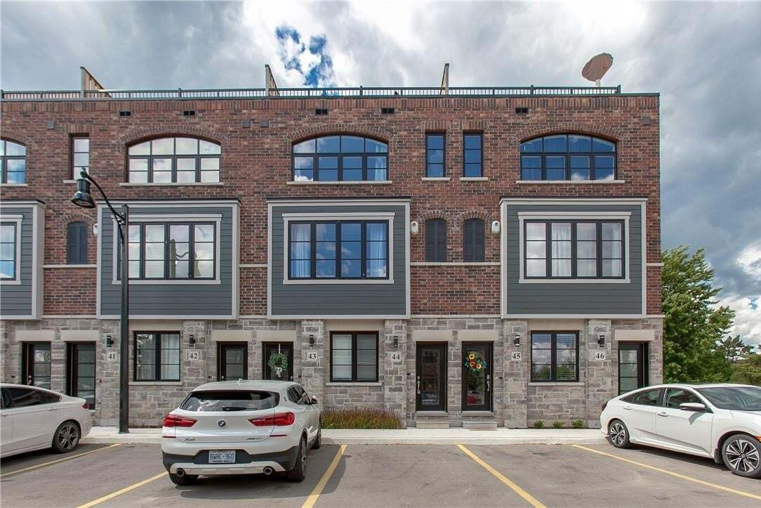 Townhouse for sale at 219 Dundas St E Unit 44 Waterdown Ontario - MLS: H4083858