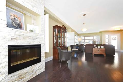 Condo for sale at 2460 Prince Michael Dr Unit 44 Oakville Ontario - MLS: W4424097