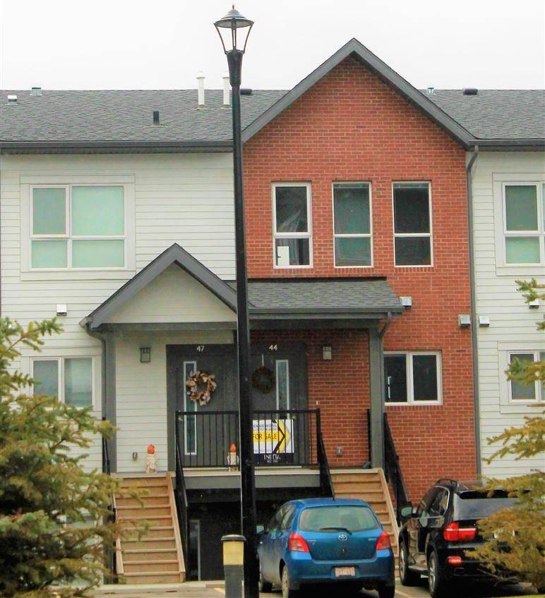 Townhouse for sale at 2560 Pegasus Blvd Nw Unit 44 Edmonton Alberta - MLS: E4175315