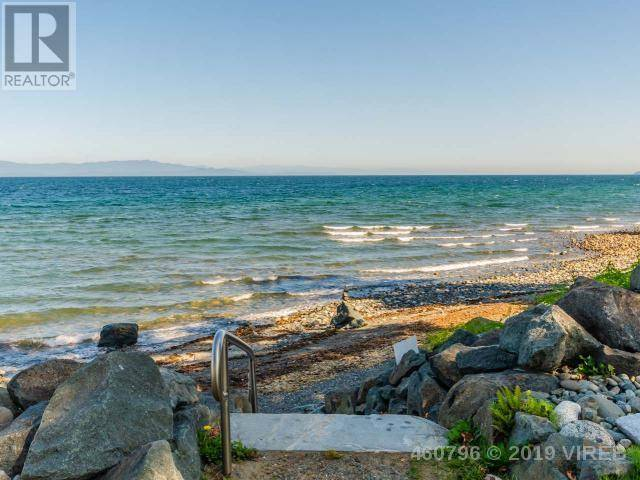 House for sale at 5251 Island W Hy Unit 44 Qualicum Beach British Columbia - MLS: 460796