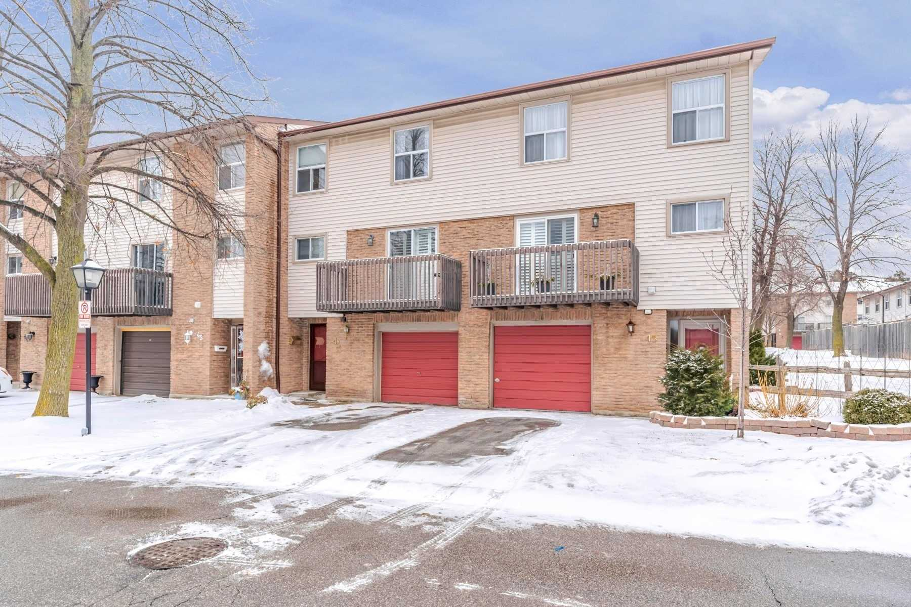 Buliding: 6100 Montevideo Road, Mississauga, ON