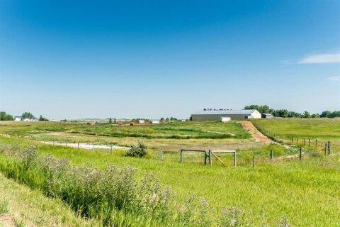 House for sale at 44 112 St E De Winton Alberta - MLS: A1021373