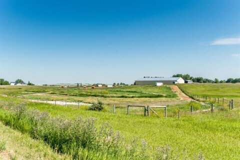 House for sale at 44 112 St E Rural Foothills County Alberta - MLS: A1021373