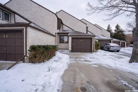 Townhouse for sale at 44 Cannington Me Regina Saskatchewan - MLS: SK791019