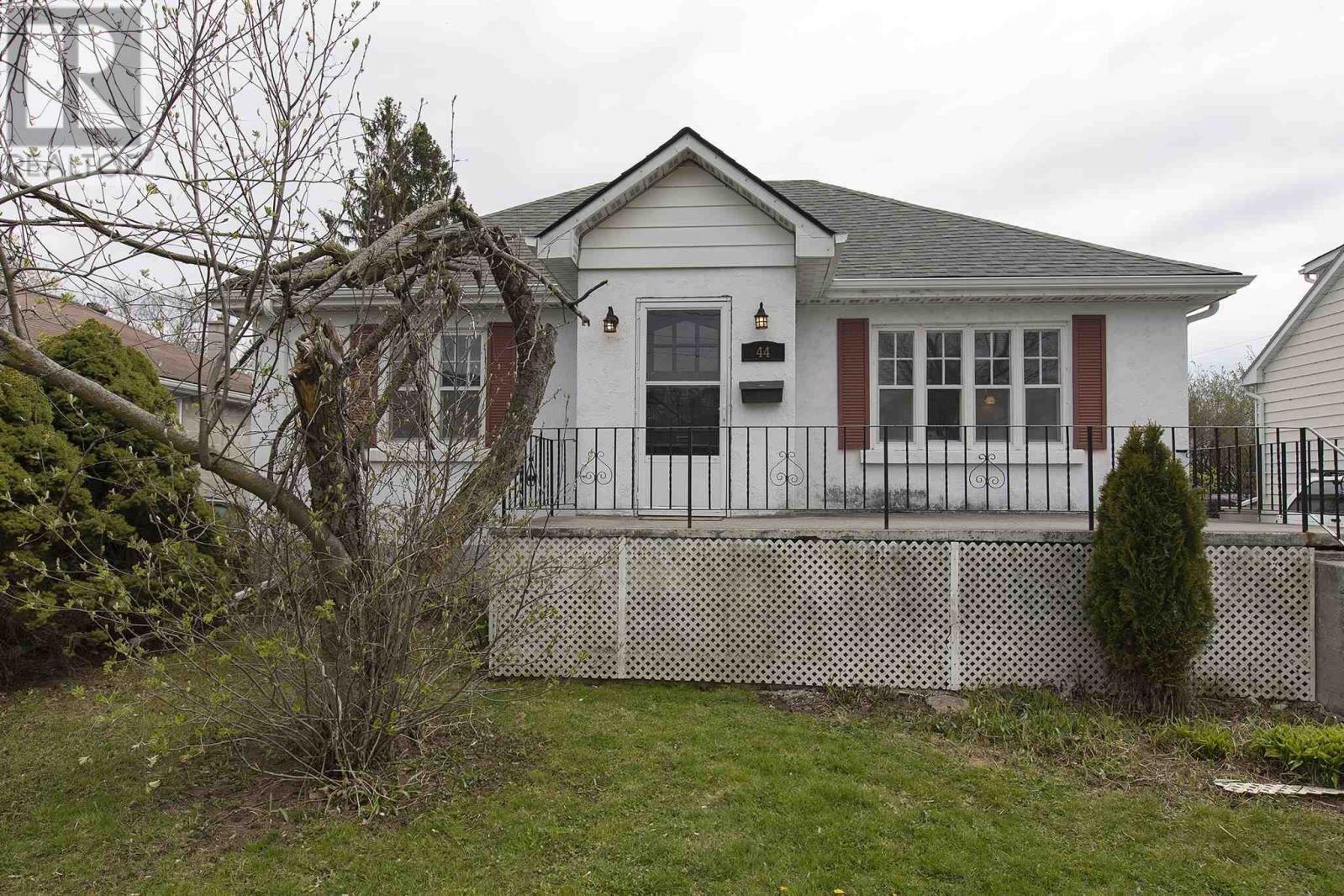 House for sale at 44 Churchill St Kingston Ontario - MLS: K20006100