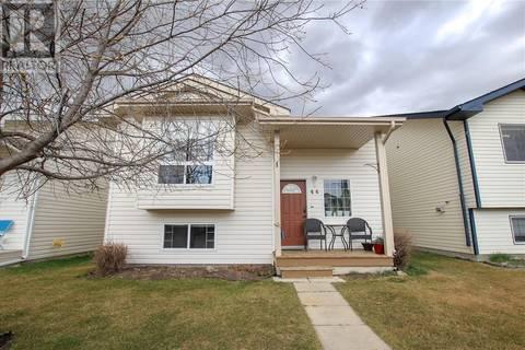 House for sale at 44 Dynes St Red Deer Alberta - MLS: ca0165639