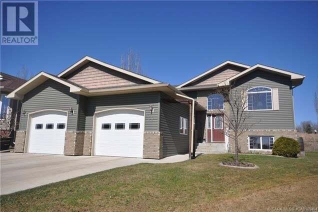 House for sale at 44 Estella Cres Lacombe Alberta - MLS: CA0189494