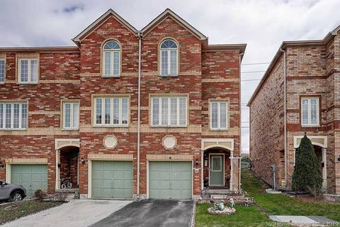 Townhouse for sale at 44 Guildpark Ptwy Toronto Ontario - MLS: E4448011