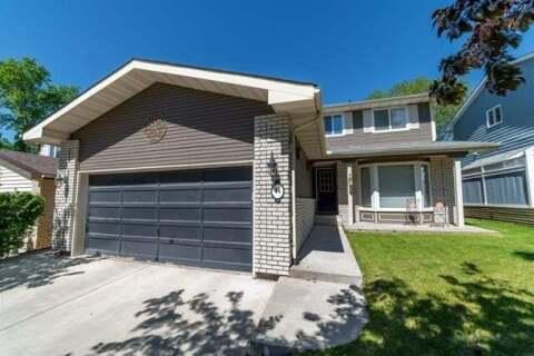 House for sale at 44 Hawkfield Pl Northwest Calgary Alberta - MLS: C4301108