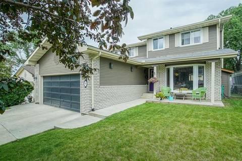 House for sale at 44 Hawkfield Pl Northwest Calgary Alberta - MLS: C4263335