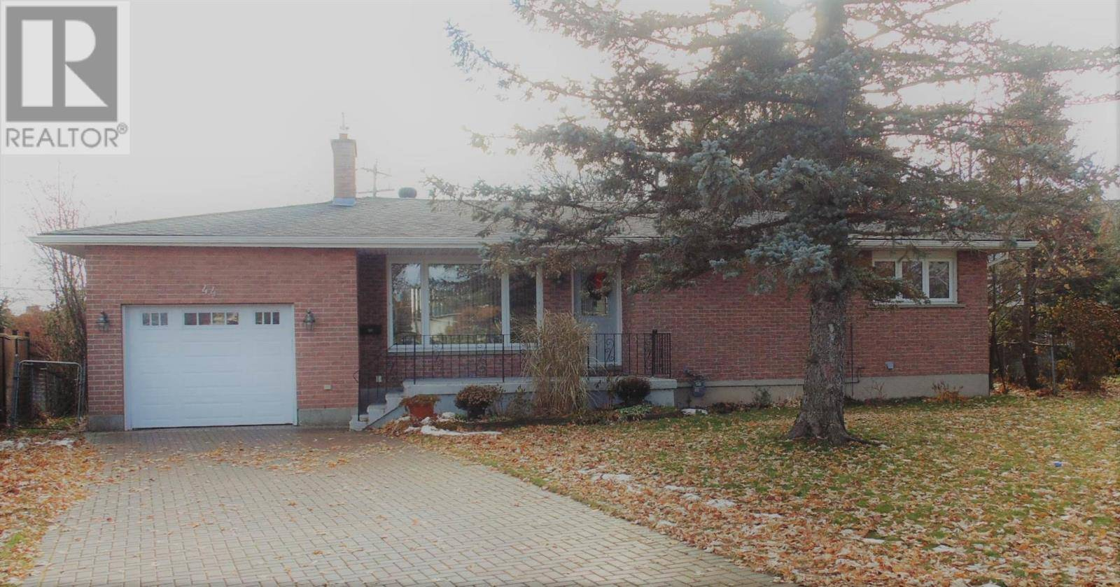 House for sale at 44 Huntington Pk Sault Ste. Marie Ontario - MLS: SM127502