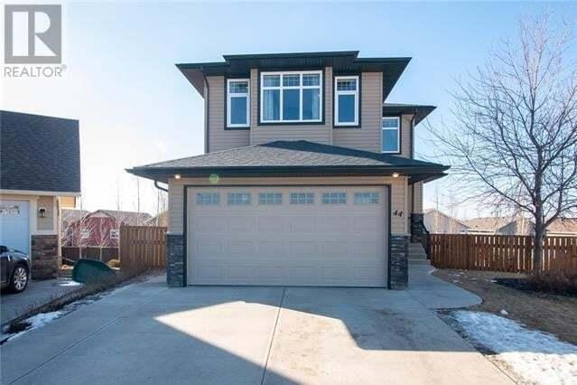 House for sale at 44 Laurel Pl Coalhurst Alberta - MLS: ld0189951