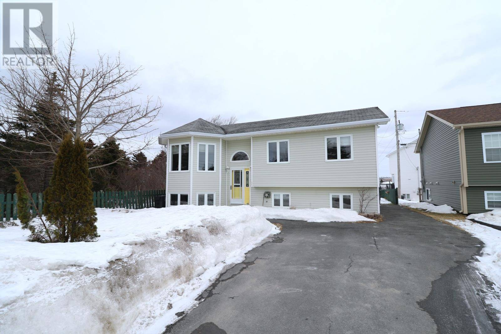 House for sale at 44 Lodge Rd Conception Bay South Newfoundland - MLS: 1211273