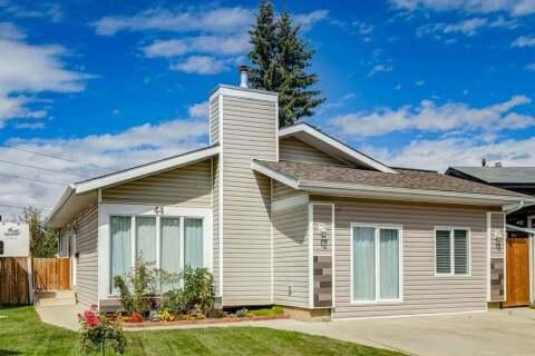 House for sale at 44 Maitland Green NE Calgary Alberta - MLS: A1030134
