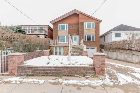 House for sale at 44 Malta St Toronto Ontario - MLS: E5079980