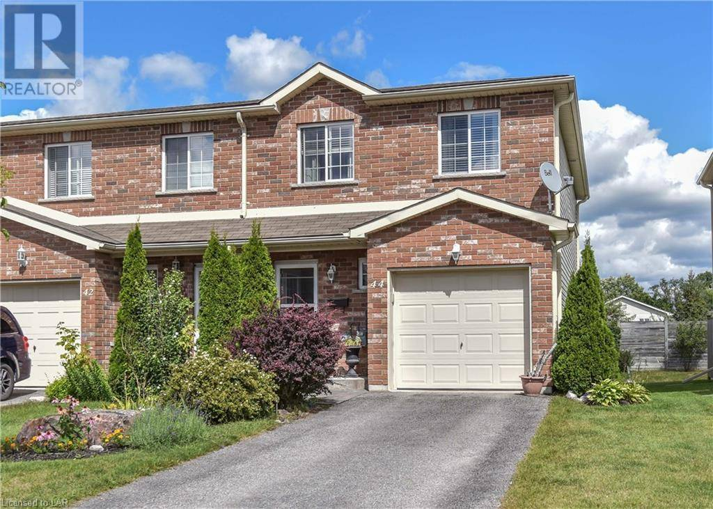 Townhouse for sale at 44 Michelle Dr Orillia Ontario - MLS: 226922