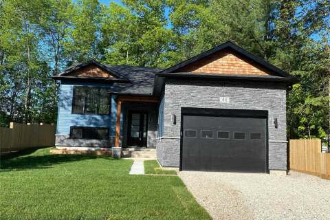 House for sale at 44 Nancy St Wasaga Beach Ontario - MLS: S4792142