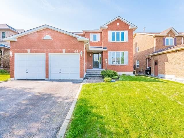 Sold: 44 Nelson Circle, Newmarket, ON