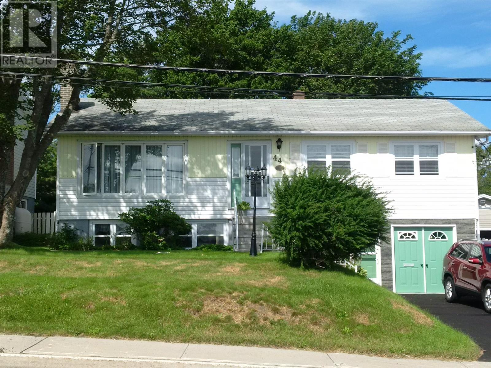 Removed: 44 Park Avenue, Mount Pearl, NL - Removed on 2019-06-12 05:45:14